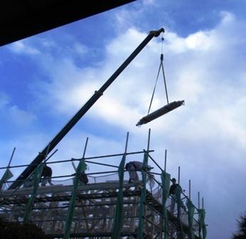 201201112階クレーン.jpg