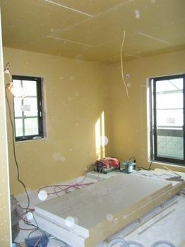 20120207寝室石膏ボード.jpg